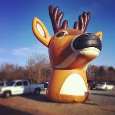 giant_deer_head