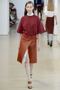Jil Sander- Spring Summer 2015    I like the rich colours in contrast to one another and how the top and skirt are both out of proportion in width within the designs