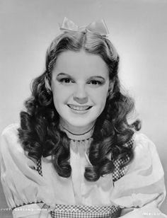 Judy Garland-The Wizard of OZ........