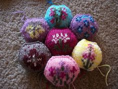 Floral Hexipuffs by ShinigamiSlave, via Flickr