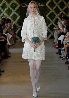 85 vestidos de noiva curtos lindos e modernos que vão te impressionar! Image: 26