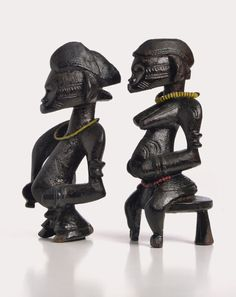 """Maître du dos camber (Master of the Arched Back), """"Tugubélé pair of Figurines…"""
