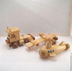 Купить или заказать Машина с подводной лодкой в интернет магазине на Ярмарке Мастеров. С доставкой по России и СНГ. Срок изготовления: 10 дней. Материалы: дерево, кедр, Дерево кедр, лак…. Размер: Машина с лодкой 33*10*18 см<br /> Лодка… Toys For Boys, Kids Toys, Wooden Car, Toy Trucks, Wood Toys, Venom, Wood Crafts, Miniatures, Projects