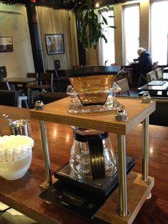 ドリップスタンド1つ穴タイプ・・・スタンダードコーヒーラボ&HASHAコラボ - STANDARD COFFEE LAB WEB SHOP Coffee Dripper, V60 Coffee, Pour Over Coffee, Drip Coffee, Copper Kitchen, Kitchen Dining, Coffee Machine, Coffee Maker, Cheap Coffee Mugs