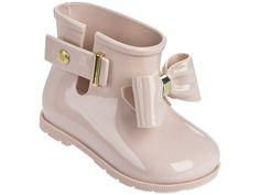 Mini Melissa Sugar Rain Bow Rain Boots - Pink Sand - baby shoes, toddler shoes, little feet Cute Baby Shoes, Baby Girl Shoes, Cute Baby Clothes, Girls Shoes, Cute Shoes For Kids, Toddler Boy Fashion, Baby Girl Fashion, Kids Fashion, Fashion Games