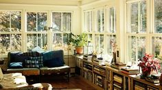 Lyndale House Inspiration: Frank Muytjens' HillsdaleHome - Photo by Tariq Dixon for his company, TRNK