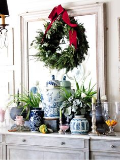 christmas decorations, blue and white pottery christmas, wreath ideas, oranges