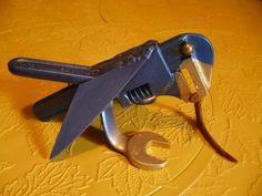 wrench bird