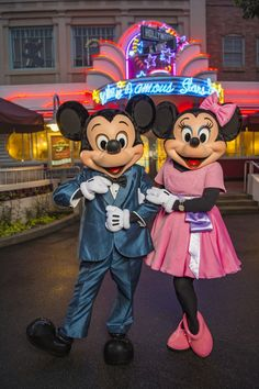 Mickey & Minnie Mouse at Hollywood Vine in Walt Disney World.