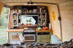 Motorhome with great farmhouse kitchen Camper van with awesome farmhouse kitchen - Creative Vans Van Conversion Interior, Camper Van Conversion Diy, Van Interior, Van Conversion Kitchen, Interior Ideas, Interior Design, Truck Camping, Van Camping, Camper Van Kitchen
