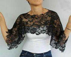 Black Shiny Lace Top Wear Capelet Shoulder Wrap by Diy Fashion, Ideias Fashion, Fashion Dresses, Fashion Design, Sewing Clothes, Diy Clothes, Dress Sewing, Sewing Lace, Bridal Bolero