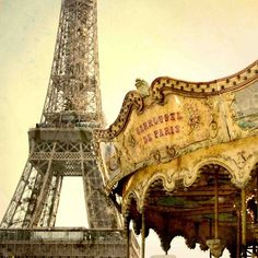 Find images and videos about paris, france and eiffel tower on We Heart It - the app to get lost in what you love. Carrousel, I Love Paris, Champs Elysees, Vintage Paris, Most Beautiful Cities, Mellow Yellow, City Lights, Paris France, Paris Paris