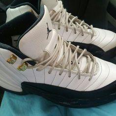 finest selection bf798 c7999 Jordan Shoes   Jordan 12 Taxi   Color  Black White   Size  5