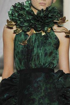 Green dress jαɢlαdy