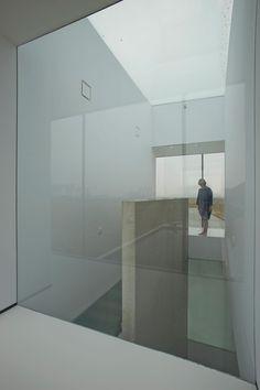 villa kogelhof - netherlands - paul de ruiter - int stair - photo jeroen musch