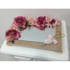 Çiçek dekorasyonlu ve ayaklı söz ve nişan tepsisi ürünü, özellikleri ve en uygun fiyatların11.com'da! Çiçek dekorasyonlu ve ayaklı söz ve nişan tepsisi, organizasyon kategorisinde! 164