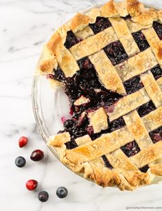 Cranberry and Wild Blueberry Pie - Garnish with Lemon