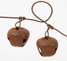 foot Jingle Bell Rusty Metal Garland - Rusty Tin Garlands - Rusty ...