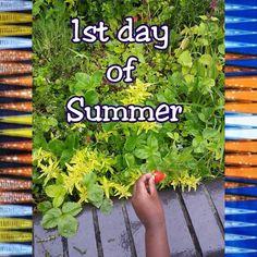 Happy Summer guys... Heureux Ete a tous... #africanprint #tamiahdesigns #westafricanfabric  #strawberry #strawberrypicking #weloveourplanet #weloveearth #nature #summer #summersolstice #solstice #fetedelamusique