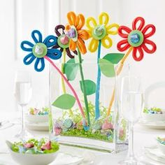 Yummy and cute! HERSHEY'S KISSES Easter Crafts - HERSHEY'S Flower Pot Bouquet #HersheysKisses #LoveandKisses
