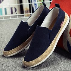 shoe alpargatas -font-b-Espadrilles-b-font-font-b- - shoetrend Flat Shoes Outfit, Slip On Shoes, Casual Shoes, Loafer Shoes, Loafers Men, Men's Shoes, Espadrilles Men, Comfortable Mens Shoes, Monk Strap Shoes