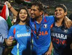 Sachin Tendulkar celebrates with his children Sara and Arjun after india won the ICC Cricket World Cup 2011