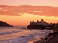 Other beaches that help to make Mazatlan such a fantastic vacation destination are Playa Olas Altas, Playa Bruja, and Playa Los Pinos. This is one of the rare Mexico beach resorts that offers amazing surfing, and these are among the top beaches in the area for hanging ten. Playa Olas Altas might just claim the best surf around. You can find it right on the western edge of downtown Mazatlan, which puts it in the heart of the city's Golden Zone beach area.