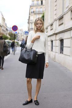 Magdalena Frackowiak aka @realmagdalena on Twitter (DNA, NY) staying effortlessly chic during Paris Fashion Week