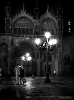 Venice - Walking in St. Mark's Square. I LOVE Venice!!! Have you been?