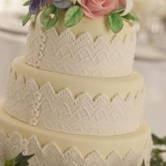 Styrofoam cakes can be used for displays at weddings.