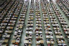 The Most Amazing Snapshots of Education Around the World. Examen en CHINA