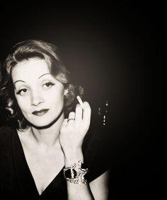 Marlene Dietrich, 1937