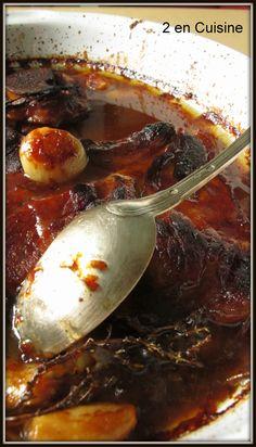 Rouelle de Porc braisée au Miel  Ingrédients : pour 4 1 rouelle de porc - 2 càs de miel ( de guarrigue pour ma part) - 6...