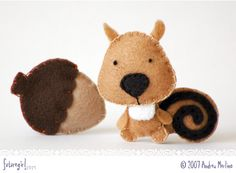 Wicked cute felt squirrel from future girl.com's blog