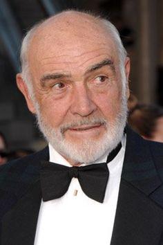 Thomas Sean Connery nació el 25 de agosto de 1930 en Fountainbridge, Edimburgo. Su madre, Euphamia C. Maclean, era una señora de la limpieza, y su padre, Jose ...