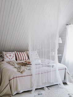 Cozy Scandinavian bedroom.