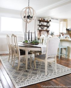 How to choose the perfect dining room rug. I didn't want a traditional rug … How to choose the perfect dining room rug. I didn't want a traditional rug and I didn't want a boho rug. Elegant Dining Room, Dining Room Design, Dining Room Table, Dining Area, Rugs For Dining Room, Dining Room Area Rug Ideas, Design Kitchen, Kitchen Ideas, Farmhouse Style Kitchen