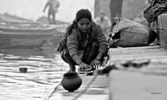 Completing their daily chores on the bank of Ganges