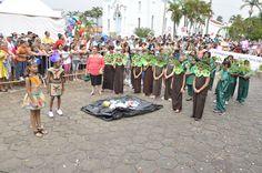 Desfile Cívico do Aniversário de Bofete em 2015