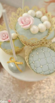 Cupcake Couture ~ Debbie ❤