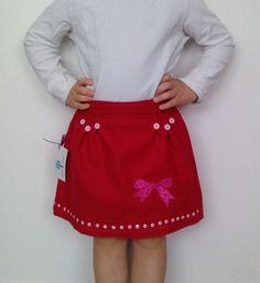 Handmade red girls skirt by Sorinela Savini #SorinelaSavini #DressyHoliday