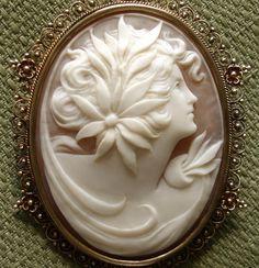 "AMAZING Large 2.25"" Goddess Cameo Victorian 10kt Pendant / Brooch - circa 1880's"