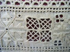 Lefkara Lace Embroidery from Cyprus Hardanger Embroidery, Paper Embroidery, White Embroidery, Cross Stitch Embroidery, Crochet Doily Patterns, Doilies Crochet, Drawn Thread, Doll Clothes Patterns, Dress Patterns