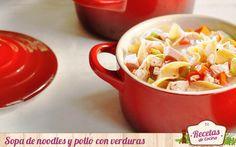 Sopa de noodles y pollo con verduras -  Losnoodles cada vez son mas habituales en nuestra cocina. En la mia han entrado recientemente para formar parte de platos tan reconfortantes como éste, una sencillasopa de pollo. con verduras. Un platocon ingredientes sencillos ideal para entonar el cuerpo en Invierno. Para elaborar este pla... - http://www.lasrecetascocina.com/sopa-de-noodles-y-pollo-con-verduras/