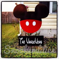 Mickey Mouse Sign #DIY #Disney #MickeyEars #Signs #HomeDecor #Decor #Decorate #Decorations