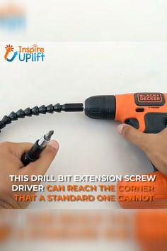 homemade tools Drill Bit Screwdriver Extension - Having trouble inserting your screwdriver into narrow spaces or situating it into awkward positions? This can make a task that sh Homemade Tools, Diy Tools, Dremel, Do It Yourself Videos, Diy Home Repair, Garage Tools, Cool Inventions, Useful Life Hacks, Gadgets And Gizmos