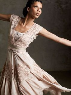 http://www.fashionbubbles.com/files/2011/03/Martha-Medeiros-03.jpg