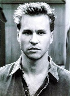 Val Kilmer...so crazy. so sexy. what do i do with myself, i can't handle the stare
