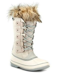 Love these sorel boots ♡