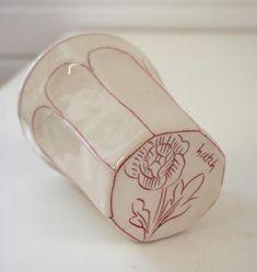 Ceramic Studio, Ceramic Clay, Ceramic Pottery, Pottery Art, Slab Pottery, Thrown Pottery, Pottery Studio, Ceramic Bowls, Pottery Painting